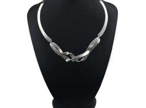 HeviHandmade; Zilveren sieradenlijn Handmadezilveren ketting Twin