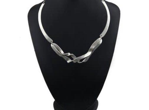 HeviHandmade; Zilveren sieradenlijn Zilveren ketting Twin