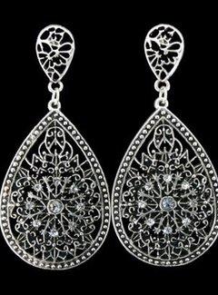 HeviHandmade; Zilveren sieradenlijn Zilveren oorbellen, hanger ovaal Silbiza