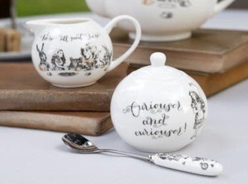 V&A Alice in Wonderland Suiker- en melkkannetje