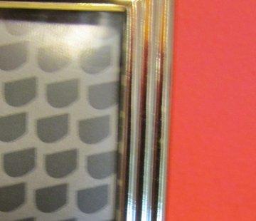 Zisensa, private collection Unieke woonaccessoires Fotolijst 13 x 18 cm.m. gouden rand