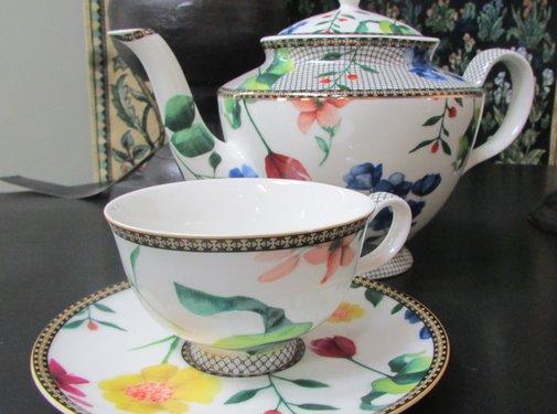 Maxwell & Williams Servies Tea's & C's Contessa Theepot met Infuser Wit