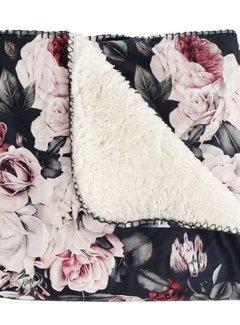 Zisensa, private collection Unieke woonaccessoires Plaid flower met fleece