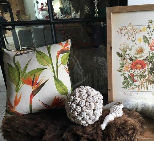 Zisensa, private collection Unieke woonaccessoires Sierkussen tropische bloem