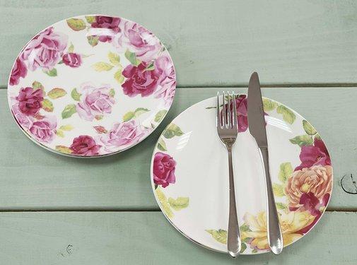 Kew Gardens; Engels servies met bloemen Copy of Southbourne Rose; 2 laags Etagere