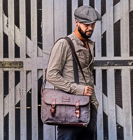 Curly - Harris Tweed Messenger Bag Grey