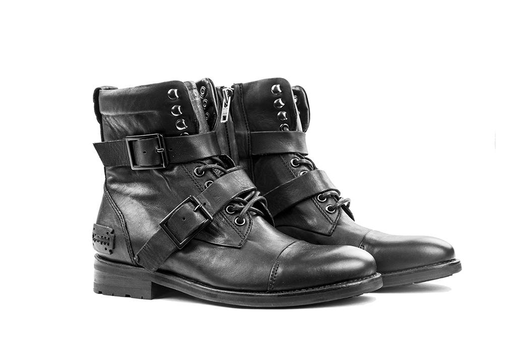 Peaky boots Ada