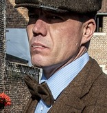 Arthur tan bow tie & pocket square