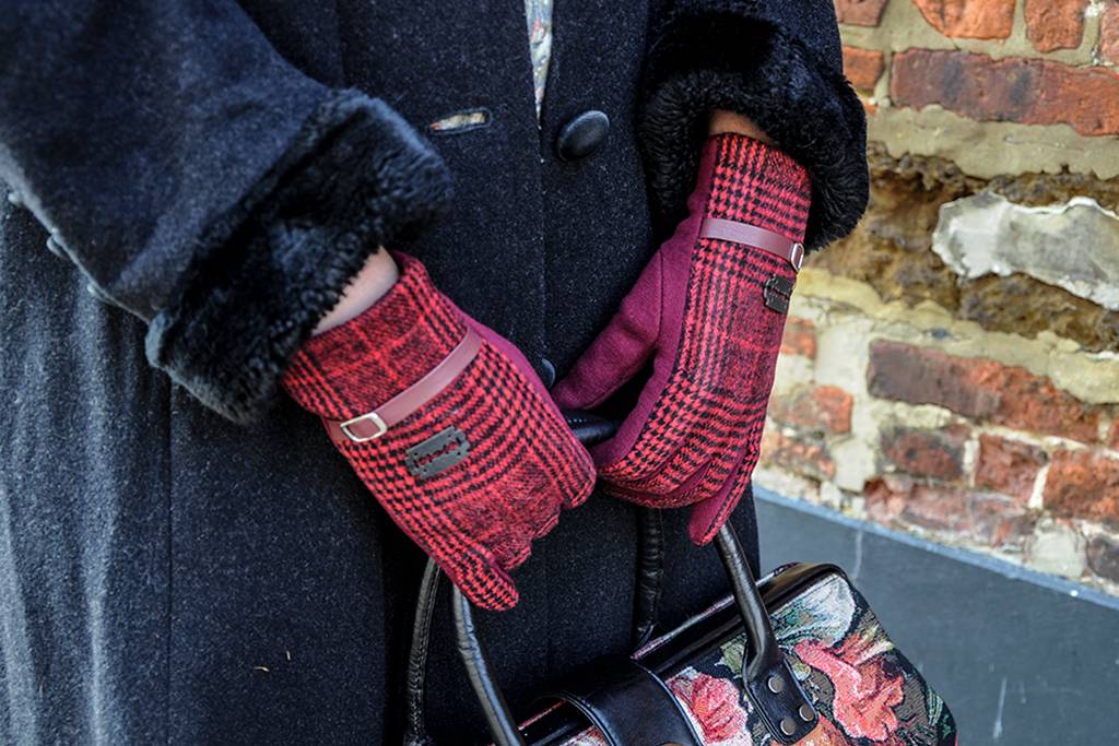 Peaky gloves red