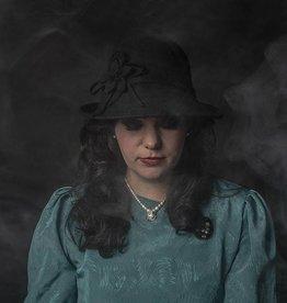 Lizzie gatsby hat