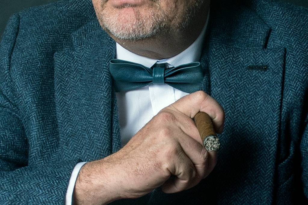 Leather bow tie Arthur grey