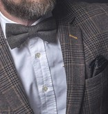 Finn brown bow tie & pocket square