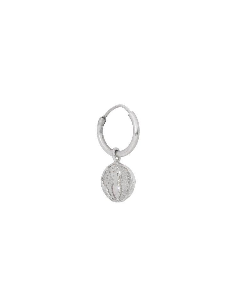 Enkele Zilveren Oorbel Met Muntje Gaia