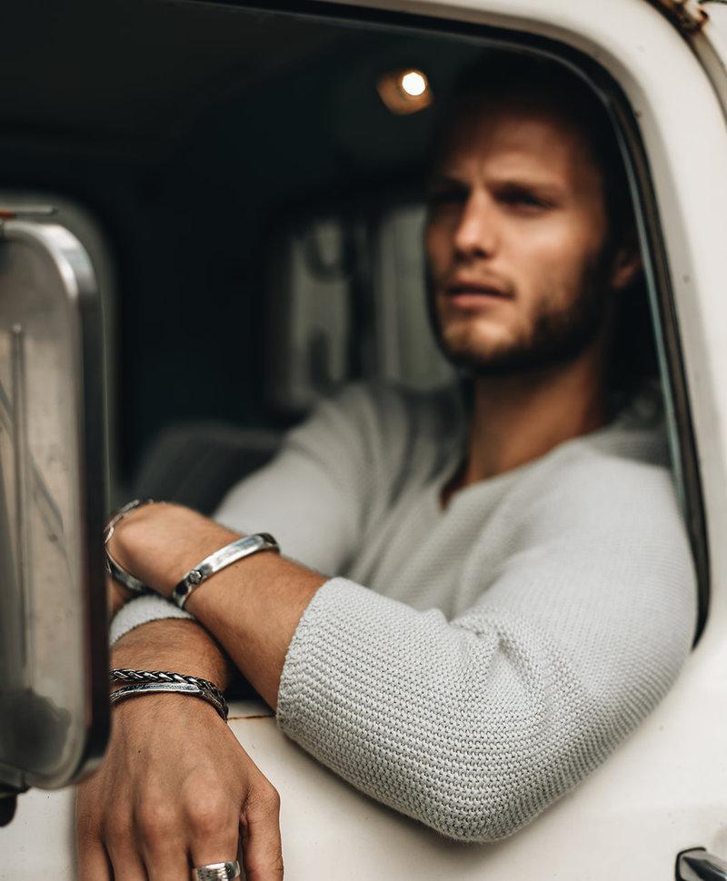 Zilveren Cuff Armband Mannen Karst
