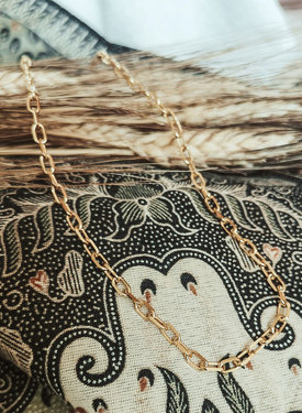Modest Chunky Necklace Erato, Gold Plated