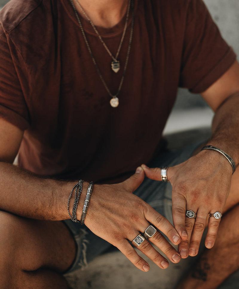 Endless Knot Ring Khar