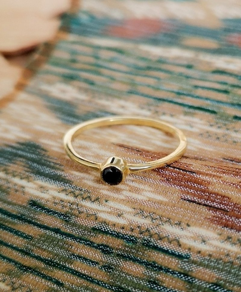 Stackable Onyx Ring Keala, Gold Plated