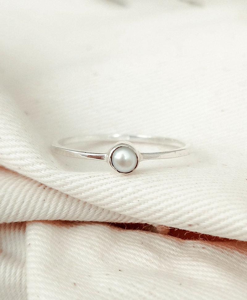 Zilveren Minimalistische Ring Met Parel Keala