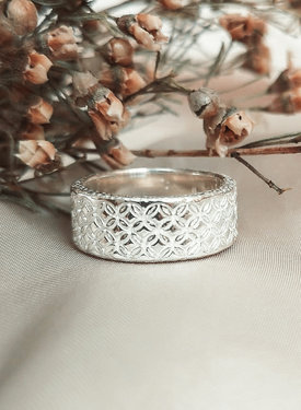 Patterned Ring Asia, Silver