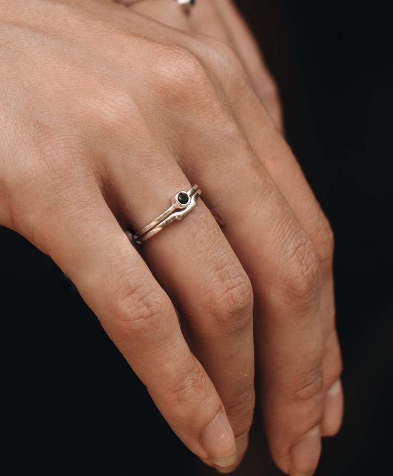 Stackable Onyx Ring Keala, Silver