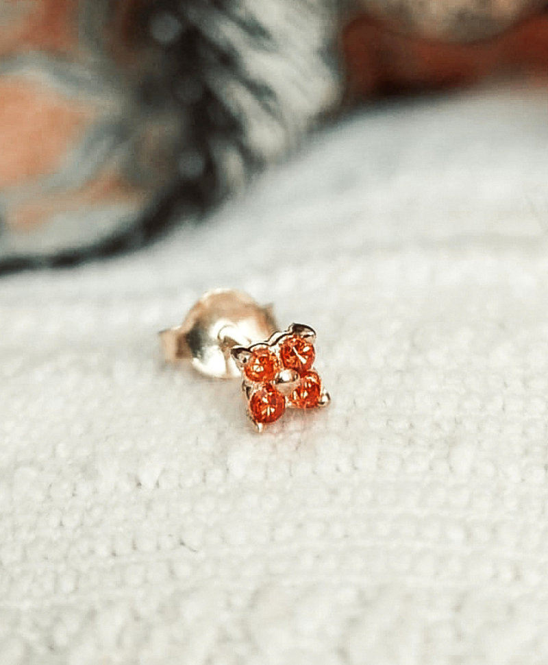 Enkele Gold Plated Ear Stud Met Oranje Kristal Ersa