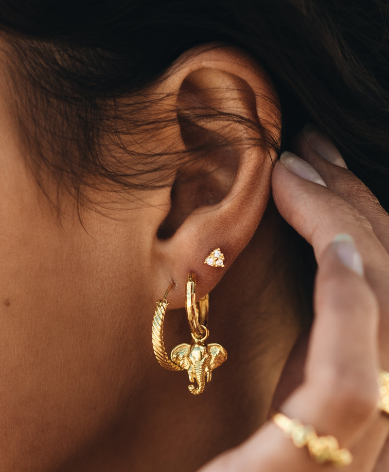 Single Lucky Elephant Earring Charis, Gold Plated