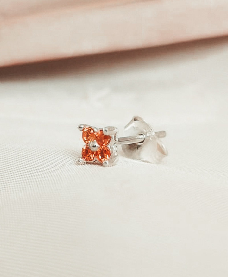 Single Orange Flower Stud Ersa, Silver