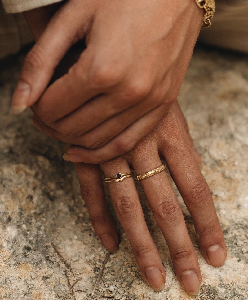 Gold Plated Vintage Ring Met Patroon Aurora