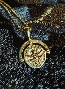 Gold Plated Godin Hanger Pachamama