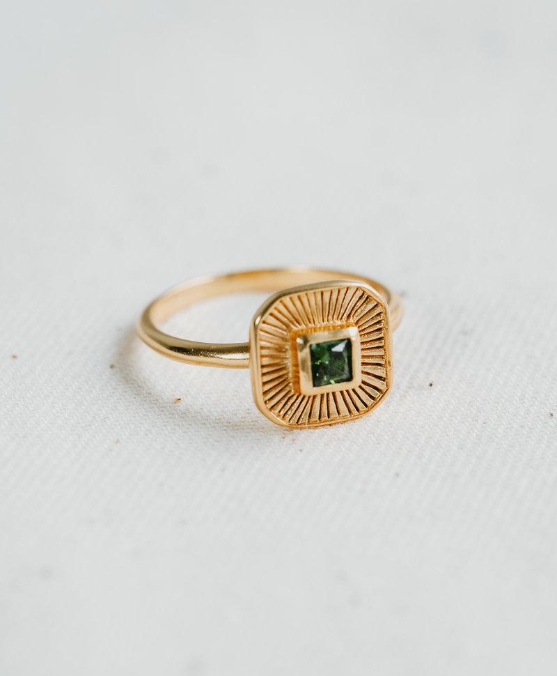Green Quartz Ring Chak, Gold Plated