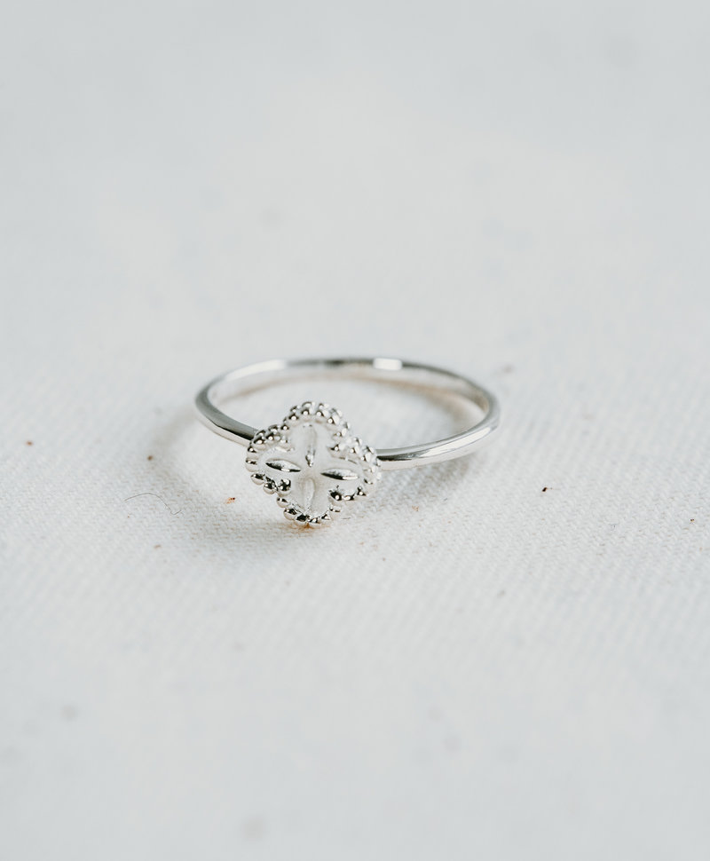 Clover Ring Antheia, Silver