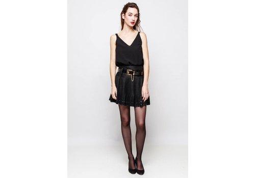 Clashy pleated skirt zwart