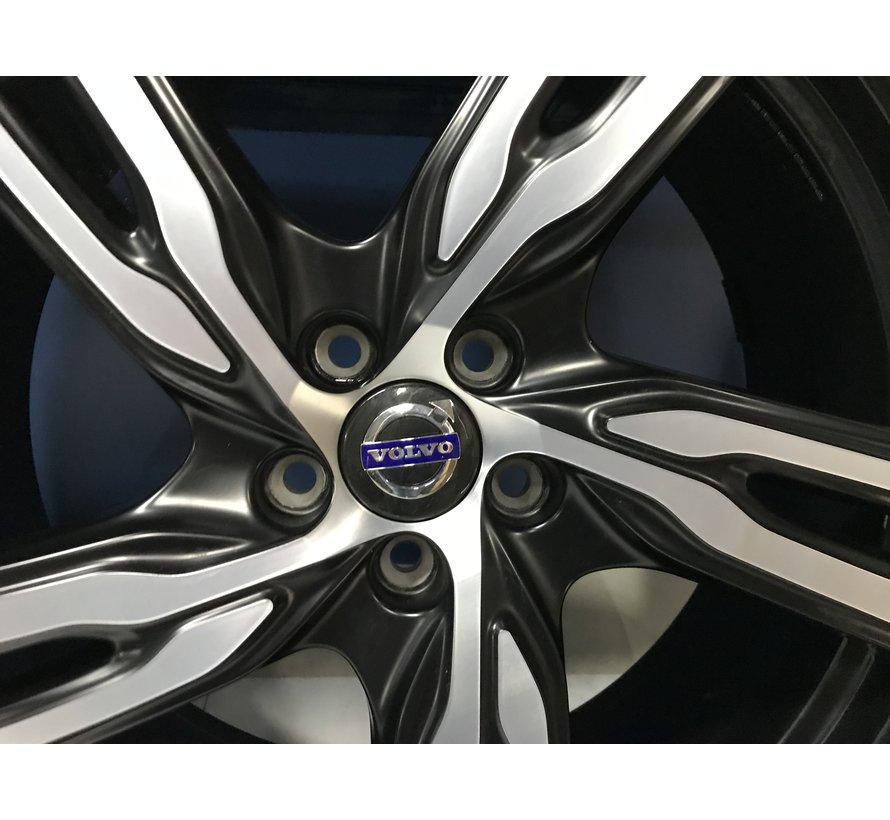 Volvo 20 inch Ixion IV velgen R-design + winterbanden XC60 < 2017