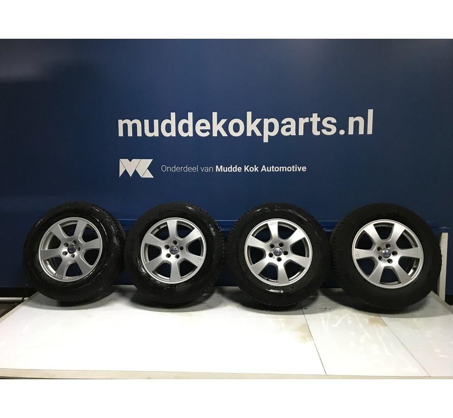 Volvo 17 inch Segin velgen + winterbanden XC60 2014
