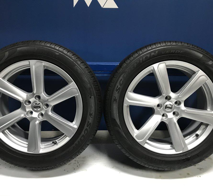 Volvo 19 inch 6-spaaks Turbine Silver velgen + Pirelli zomerbandenXC90 vanaf 2016
