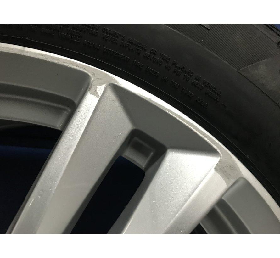 Volvo 18 inch 5-Double Spoke Silver velgen + winterbanden XC60 > 2017