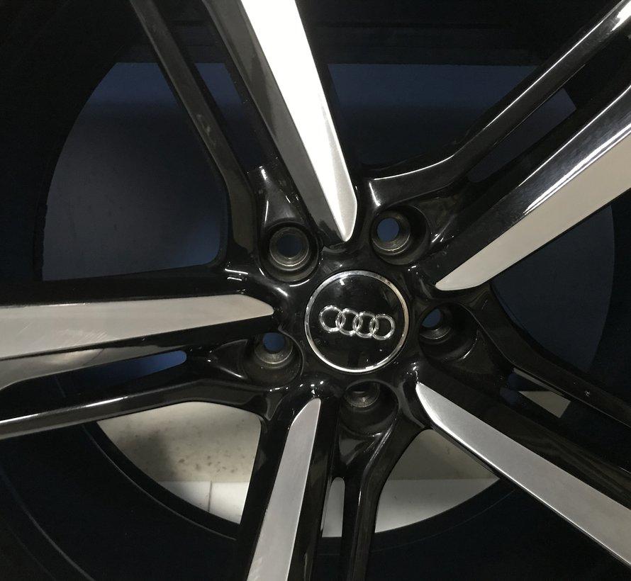 Audi Q7 Lichtmetalen 21 velgen + zomer banden 2015-