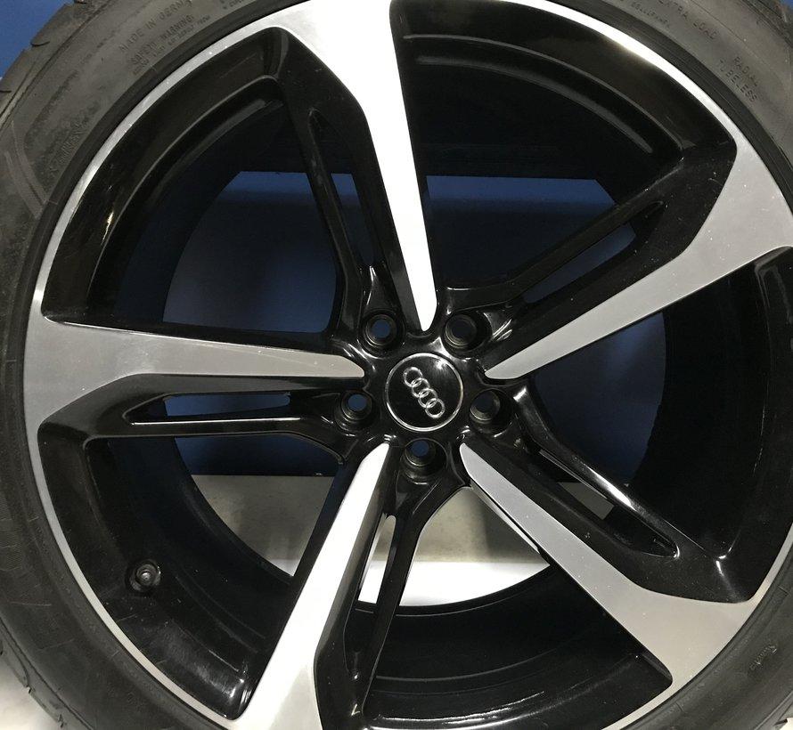 Audi Q7 Lichtmetalen 21 velgen + zomer banden