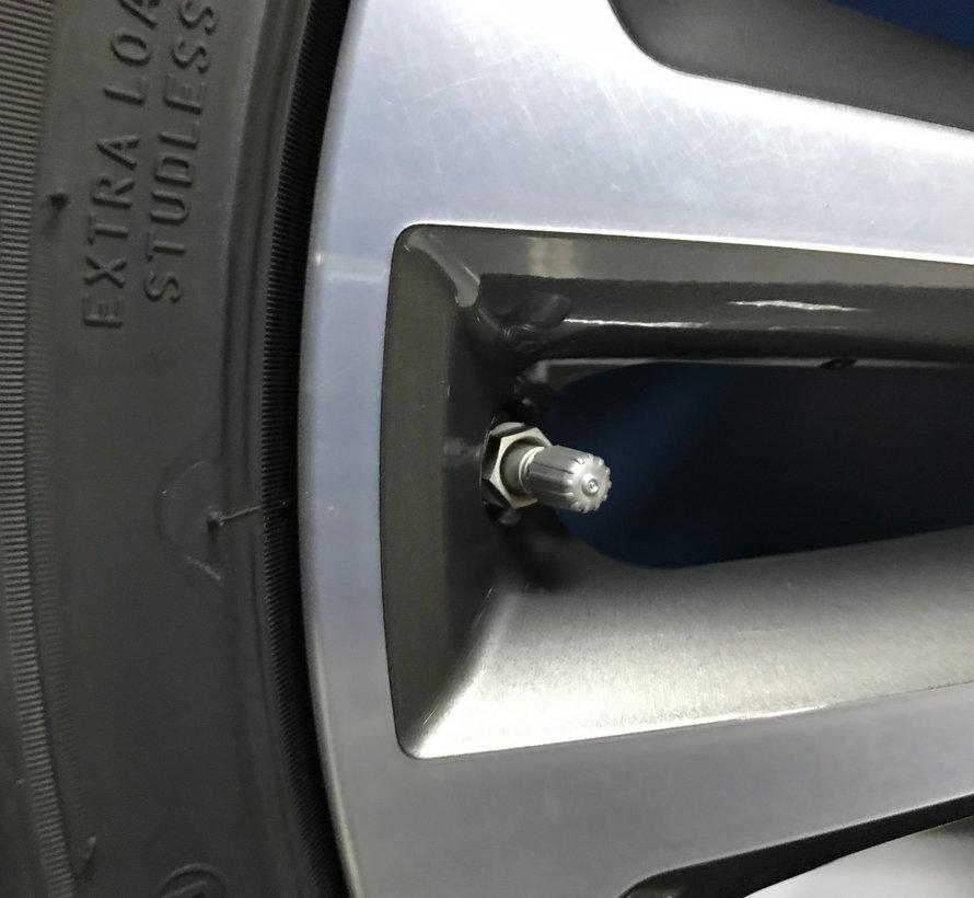 Jaguar NIEUWE 19 inch F Pace velgen + winterbanden