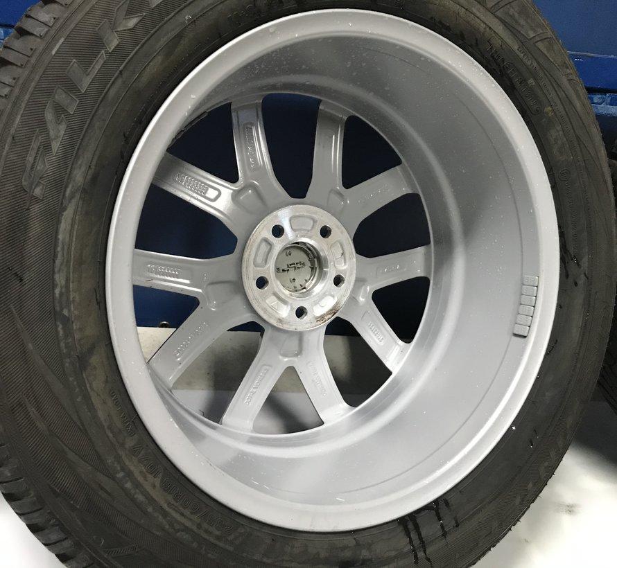 Volvo DEMO 18 inch Y spoke velgen + winterbanden  XC60 ll vanaf 2018