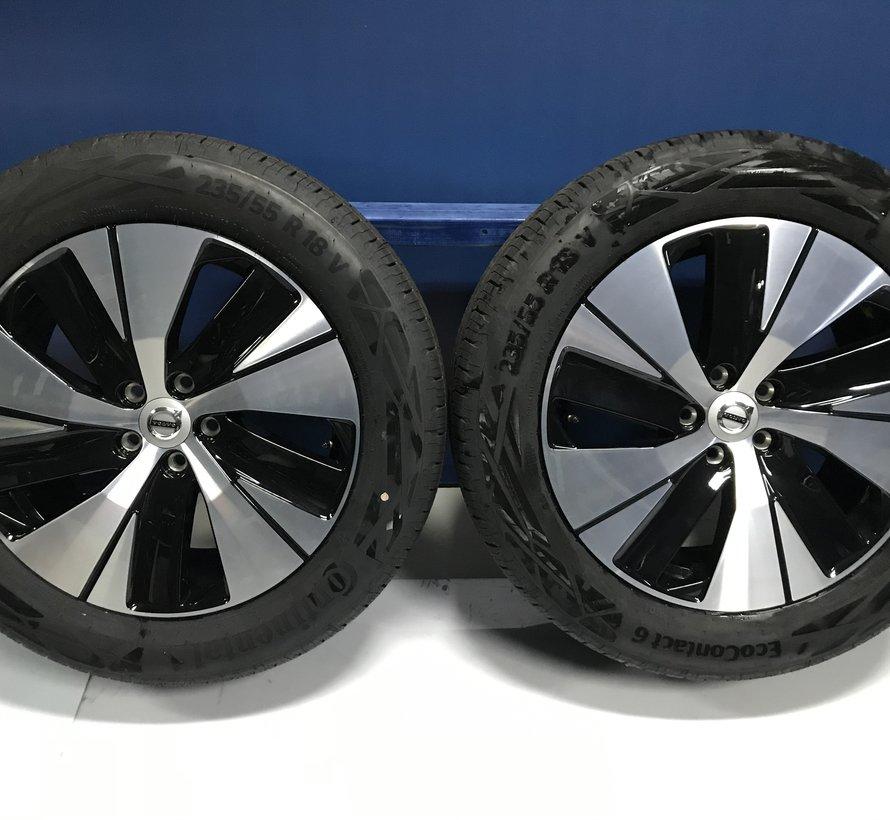 Volvo NIEUWE 18 inch 5 spaak velgen + zomerbanden V90CC  XC40 GERESEVEERD
