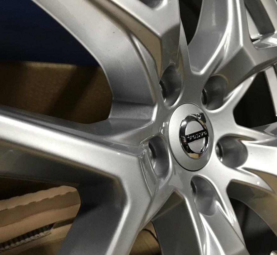 Volvo nieuwe 18 inch Y spoke velgen XC60 XC40 V90 CC