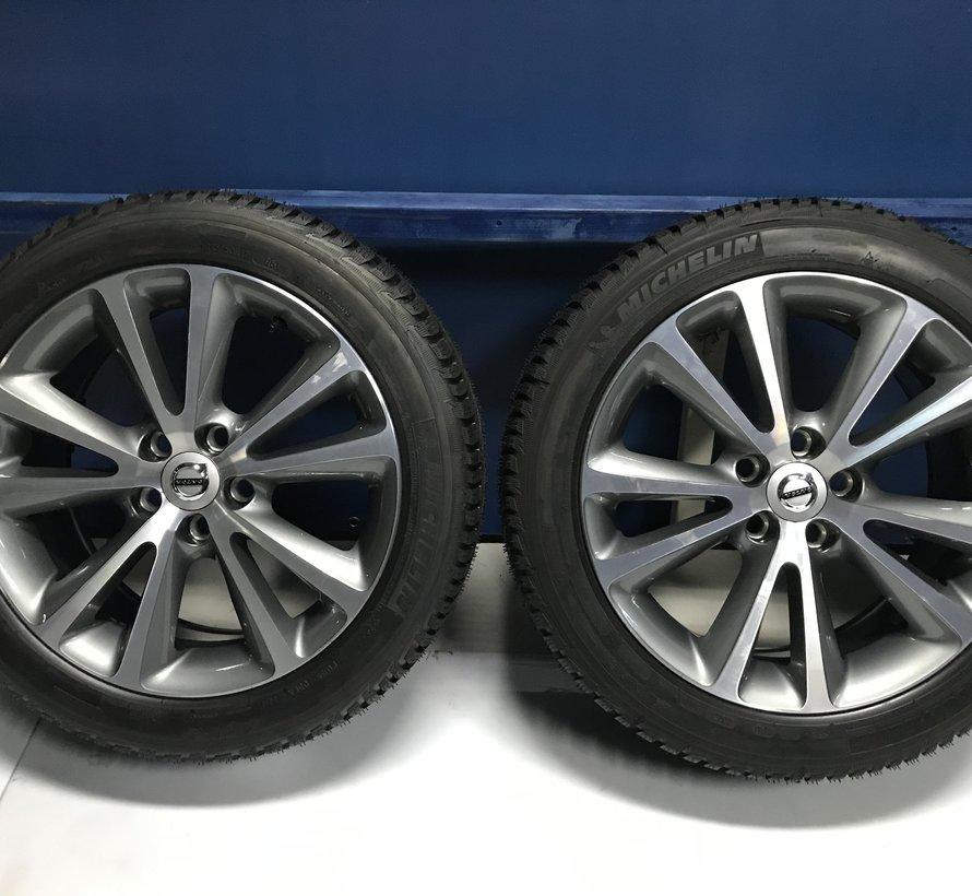Volvo NIEUWE 17 inch Sirona velgen + winterbanden C70 vanaf 2005