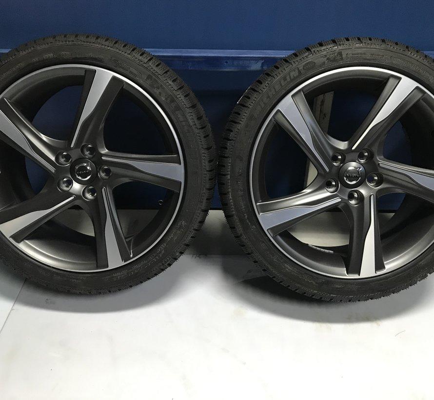 Volvo NIEUWE 18 inch Ixion R-design velgen + winterbanden V70 lll V60 ll S60 lll