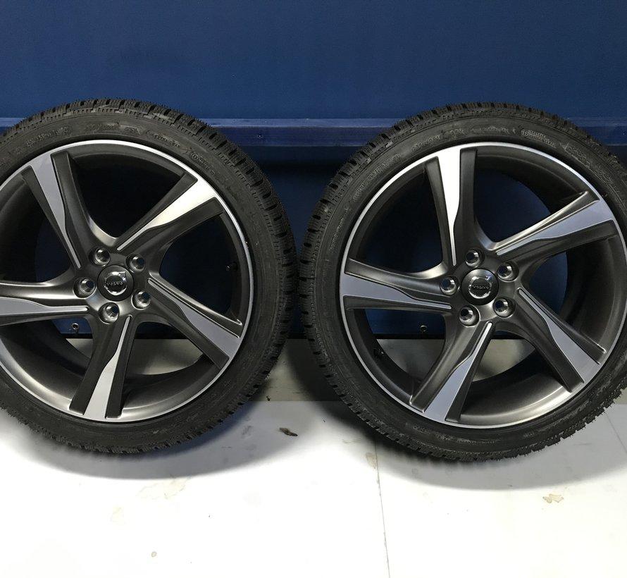 Volvo NIEUWE 18 inch Ixion velgen + Zomerbanden V60 / S60 / V70 / S80