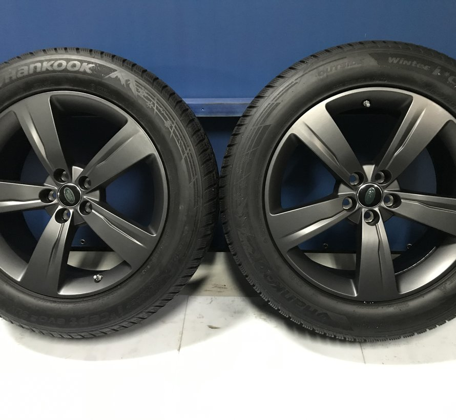 Range Rover 19 inch velgen + Winterbanden Velar