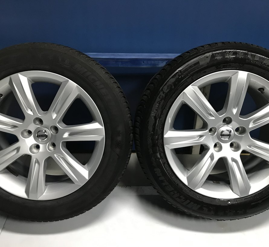 Volvo 17 inch velgen + winterbanden V90 / S90