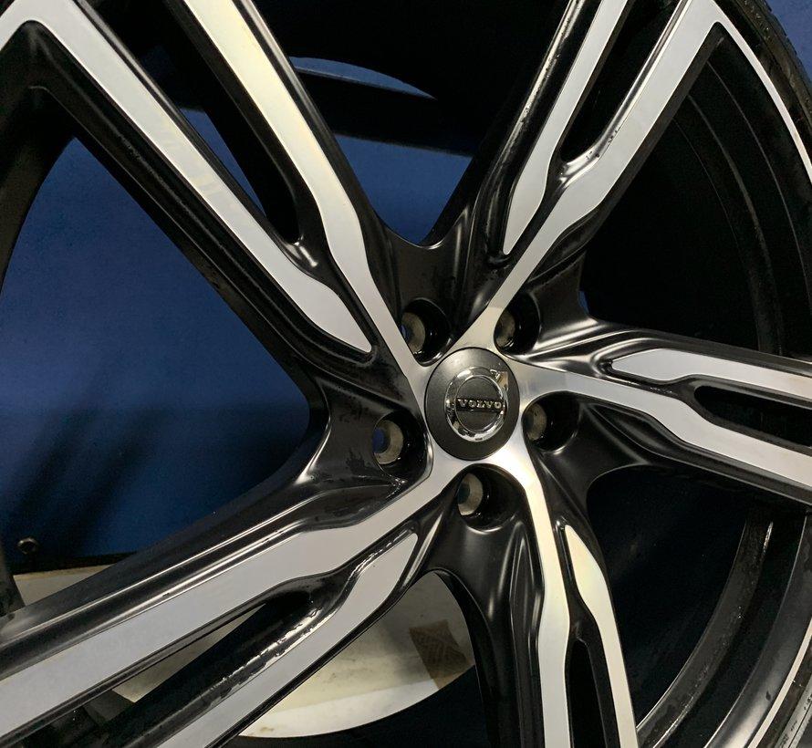 Volvo 21 inch R-design velgen +VERKOCHT