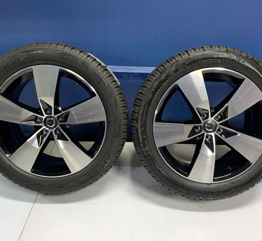 Volvo 19 inch 5 spaak velgen + winterbanden XC40