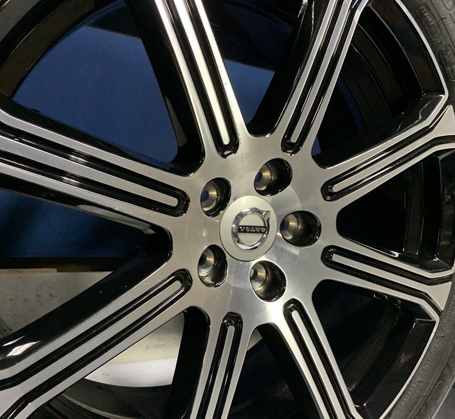 Volvo 20 inch 8 spaak Inscription velgen + zomerbanden XC60 2017-